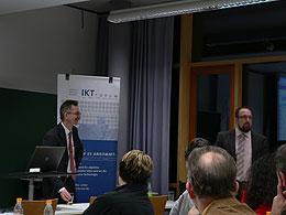 Vorstellung des Projekts SiXFORM durch den Geschäftsführer der SiXFORM GmbH Herrn Rudolf Philipeit (links)